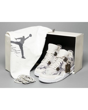 Air Jordan 4 Premium 'Snakeskin' Light Bone en Wit-Pure Platinum-Wolf Grijs heren